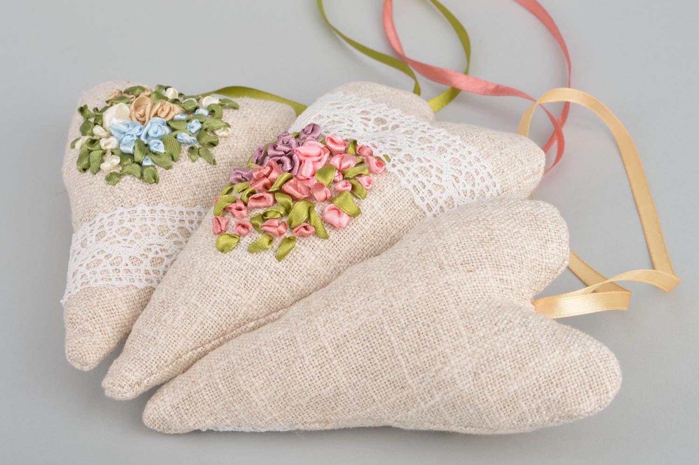 Set of 3 handmade designer heart shaped fabric sachet pillows with aroma photo 5