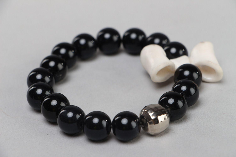 polymer clay bracelets Handmade wrist bracelet with black plastic beads and white polymer clay bow - MADEheart.com