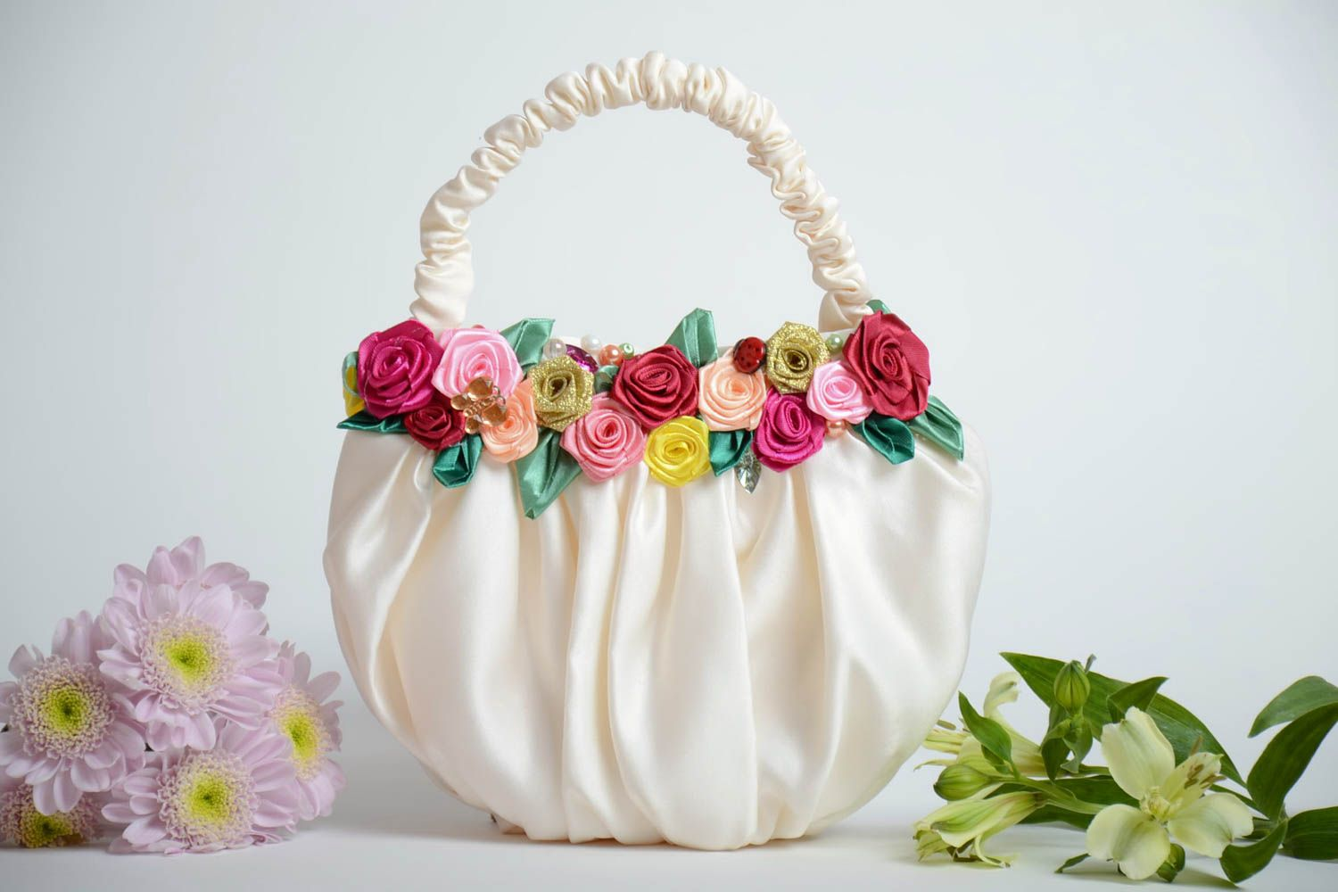 women s handbags Beautiful white handmade fabric women s bag with satin  ribbon flowers - MADEheart.com