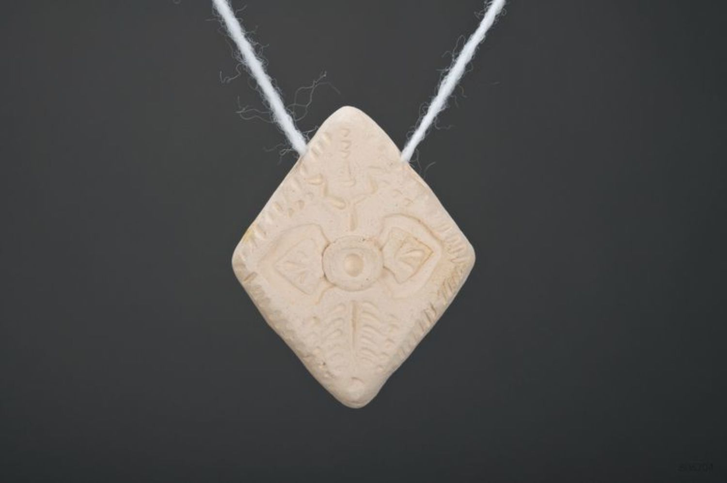 Ceramic pendant photo 2
