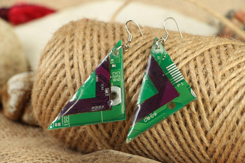 Green triangular metal earrings with mechanism photo 5