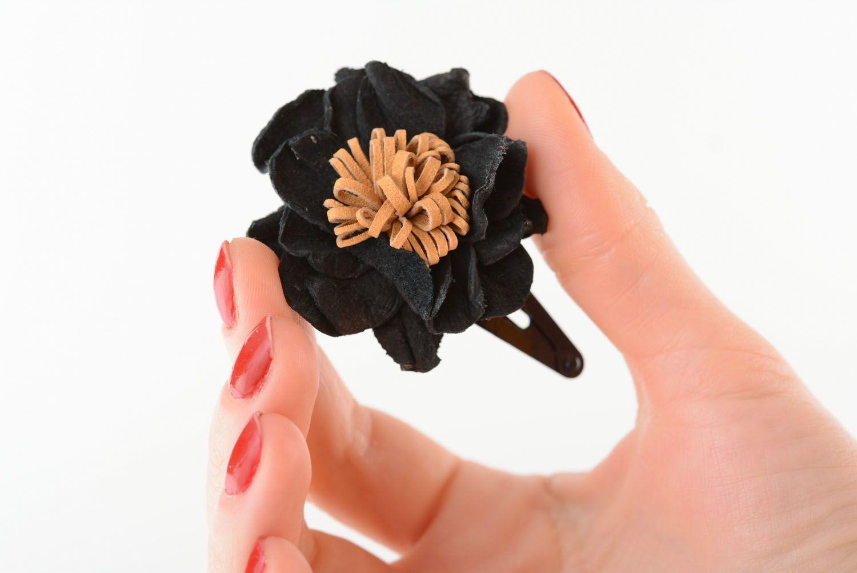 Leather hair clip Black Poppy photo 1