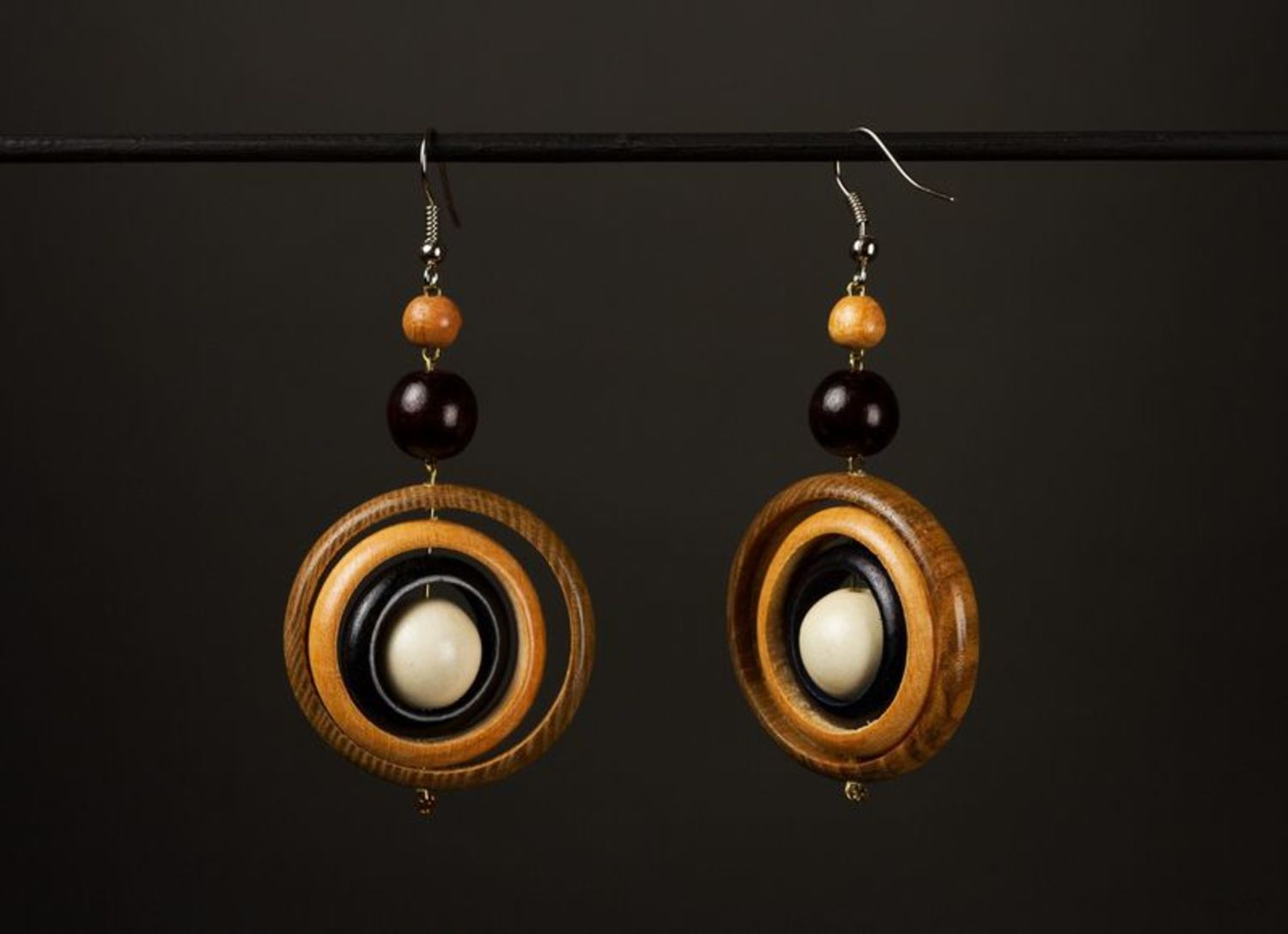 Round wooden earrings photo 1