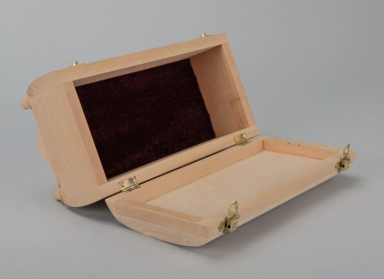 Blank box photo 4