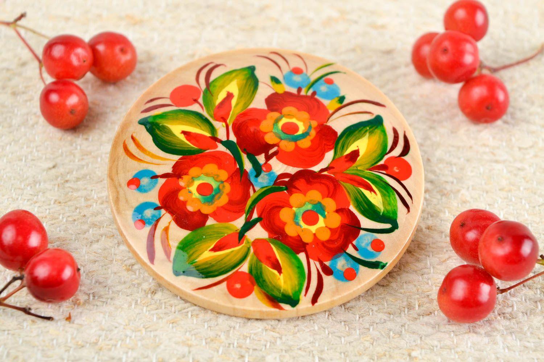 Handmade fridge magnet souvenir ideas folk art wooden gifts refrigerator magnets photo 1