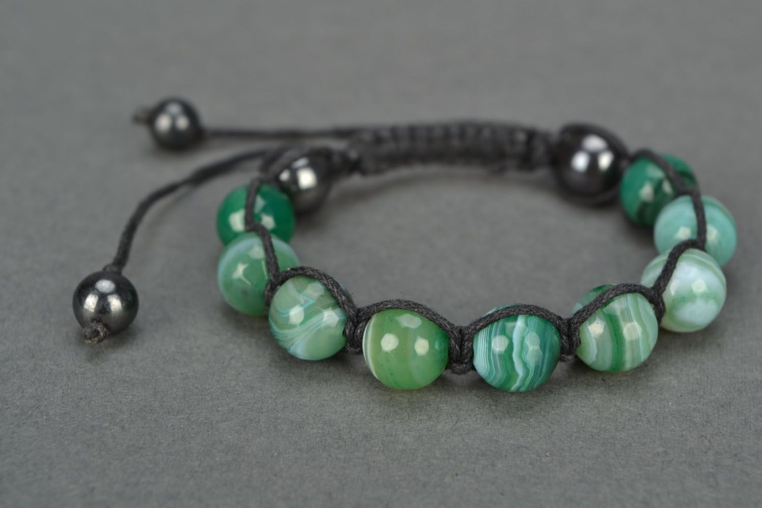 Handmade bracelet with agate and hematite photo 4