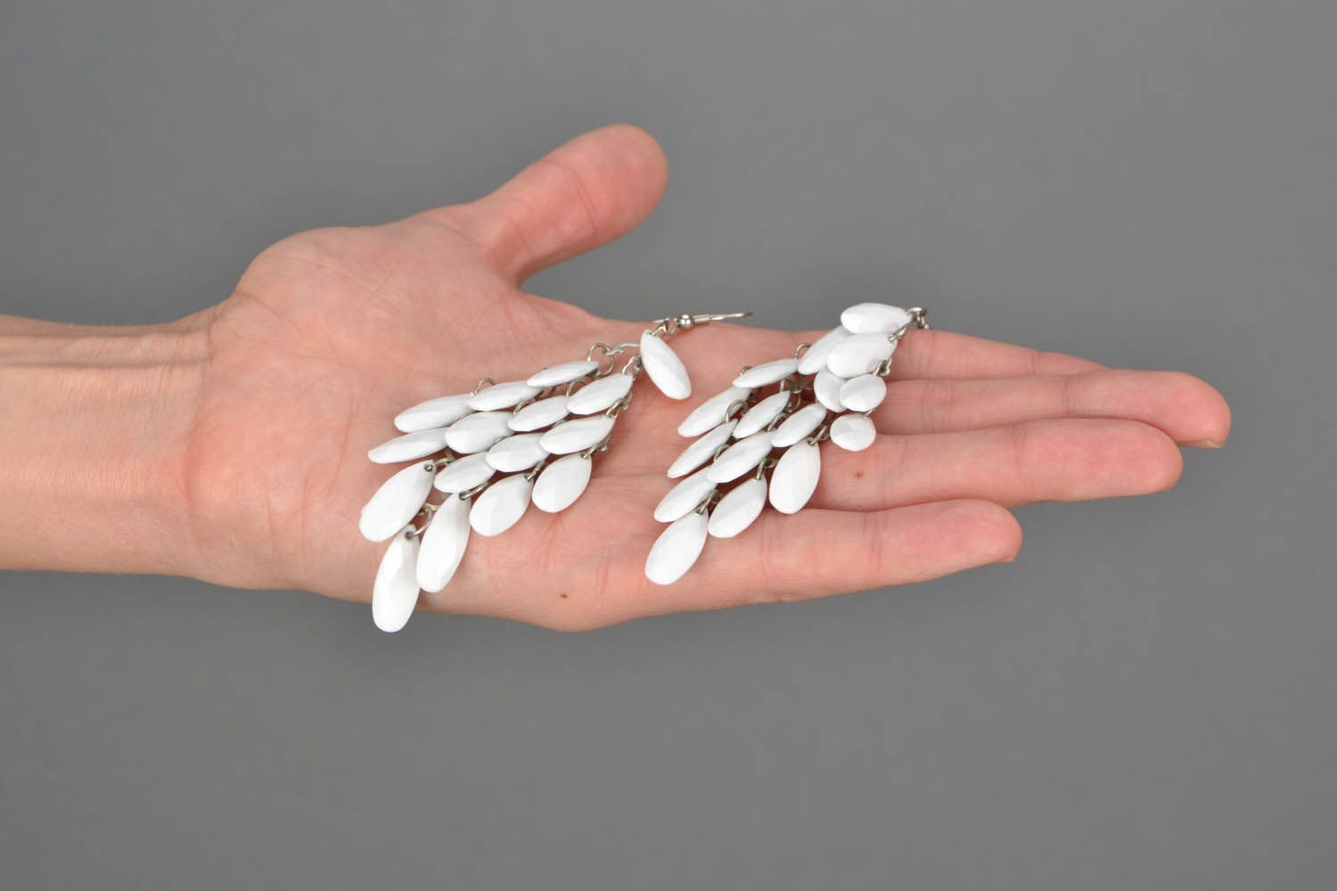 Earrings made of plastic beads Feathers photo 2