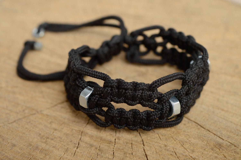 популярностью пользуется браслет в стиле макраме фото обивки