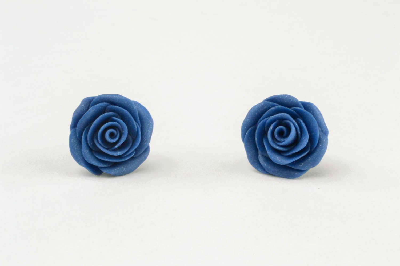 Ohrringe aus Polymerton blaue Rosen foto 3