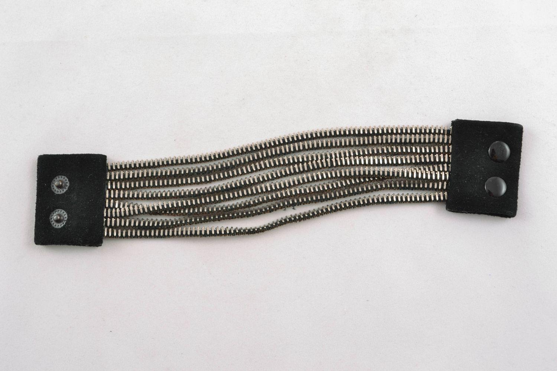 Handmade metal bracelet photo 2