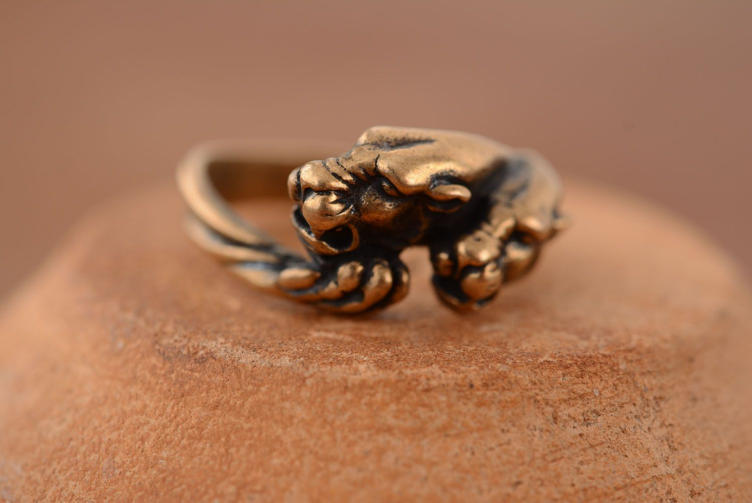 Bronze ring Panther photo 3