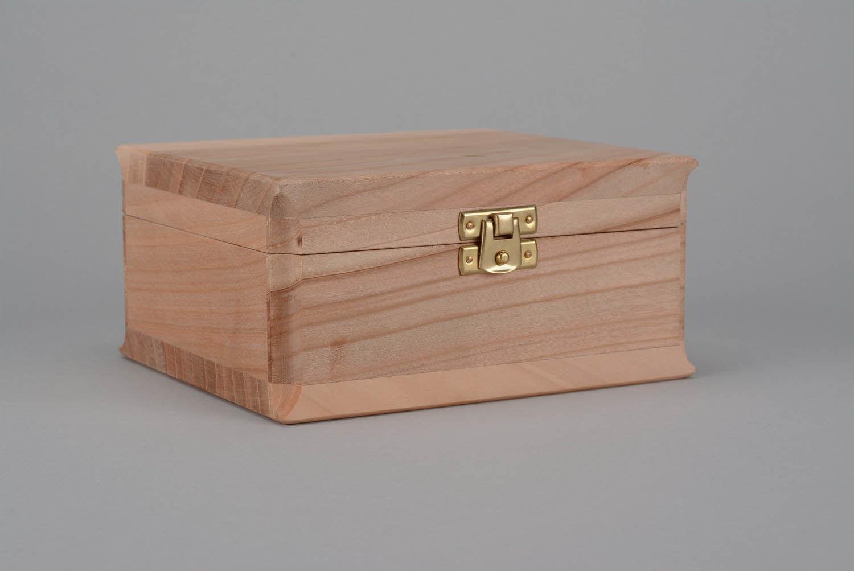 madeheart coffret bijoux en bois brut d corer. Black Bedroom Furniture Sets. Home Design Ideas
