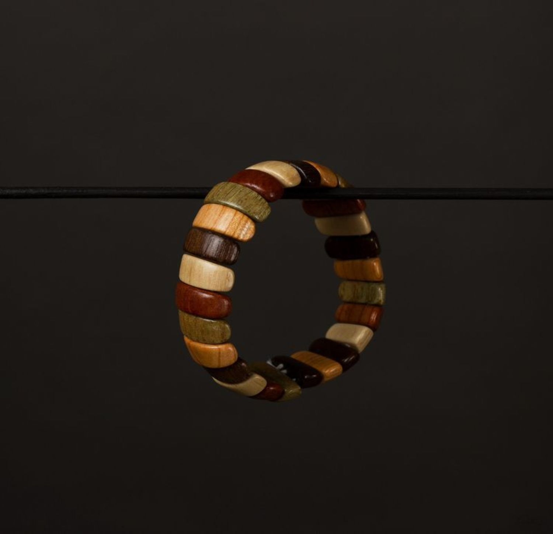 Wooden wrist bracelet photo 1