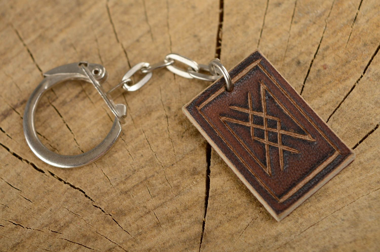 Leather keychain with runes for longevity photo 1