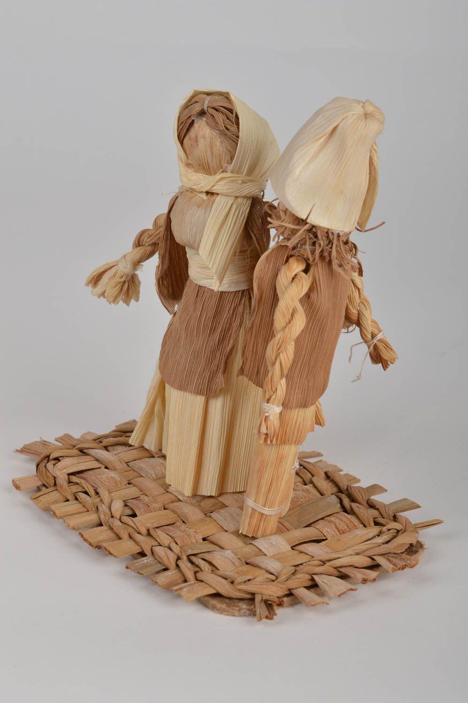 Madeheart figuras de hojas de ma z hechas a mano 2 for Decoracion del hogar hecho a mano