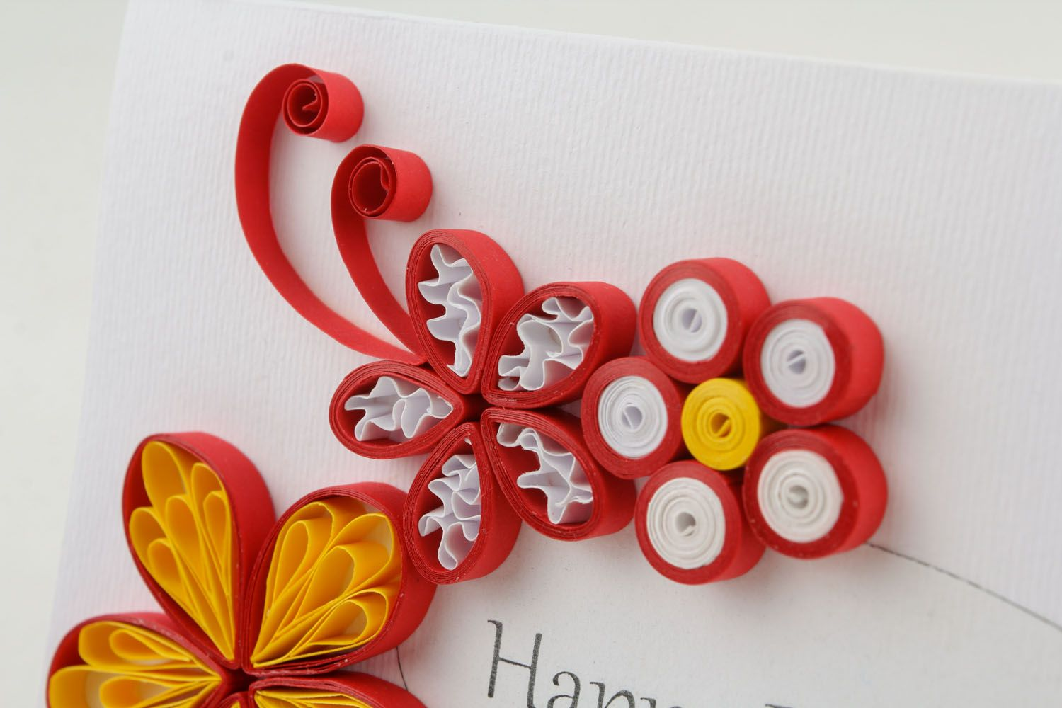Red post card made using quilling technique photo 2