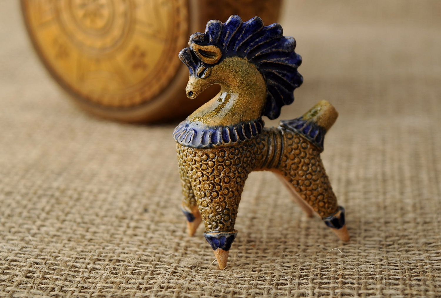 Clay penny whistle Horse photo 1