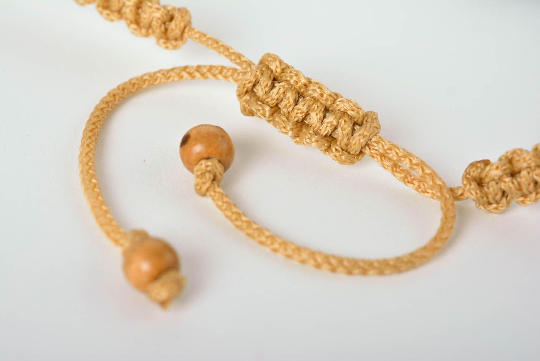 MADEHEART> Collier floral Bijou fait main en cordon et perles de bois Cadeau pour femme