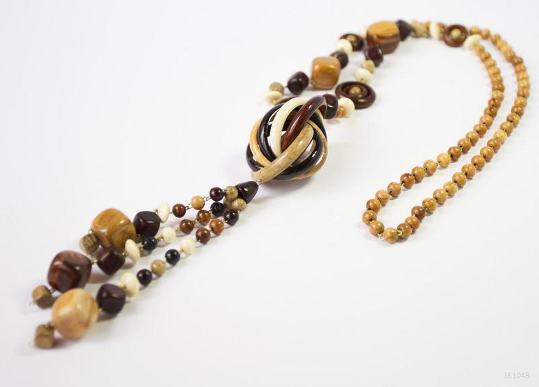 Lange hölzerne Perlenkette foto 1