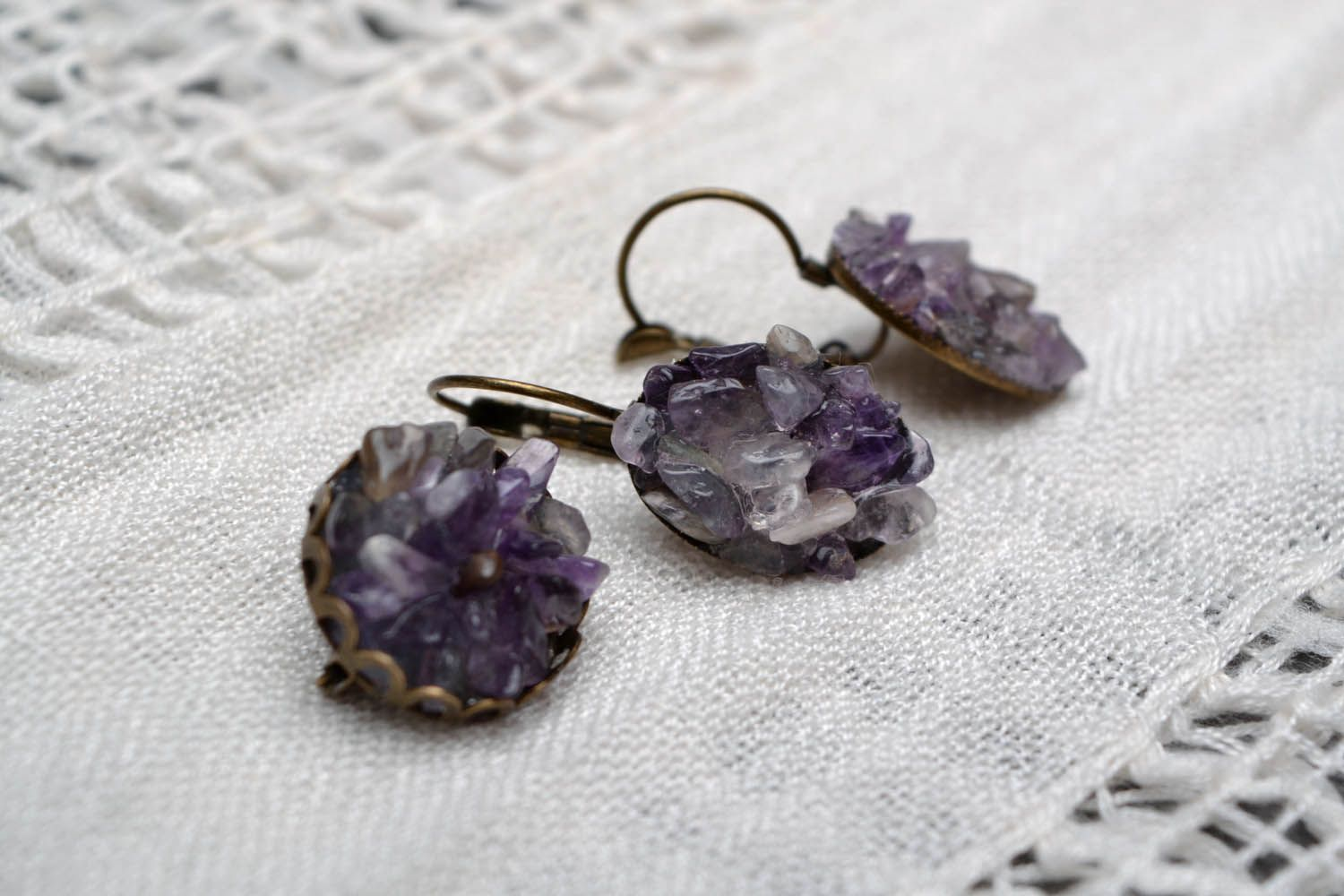 Earrings and a brooch with amethyst photo 1