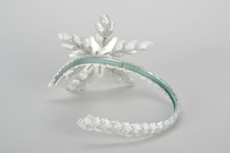 Headband with snow-white flower photo 4