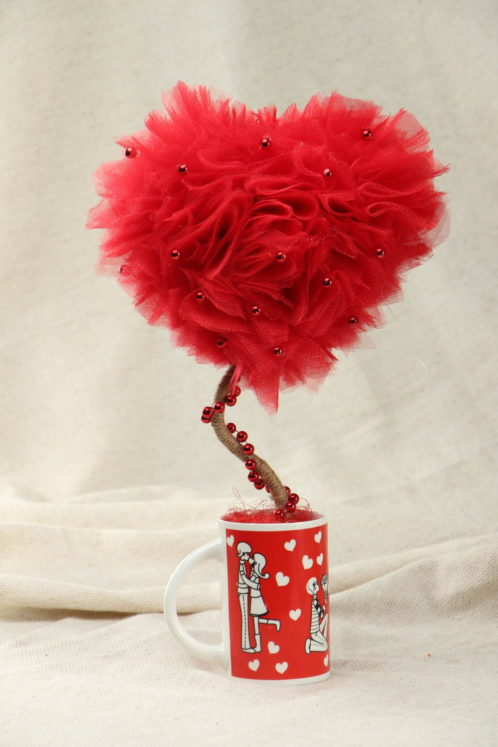 Heart shaped tulle topiary photo 1