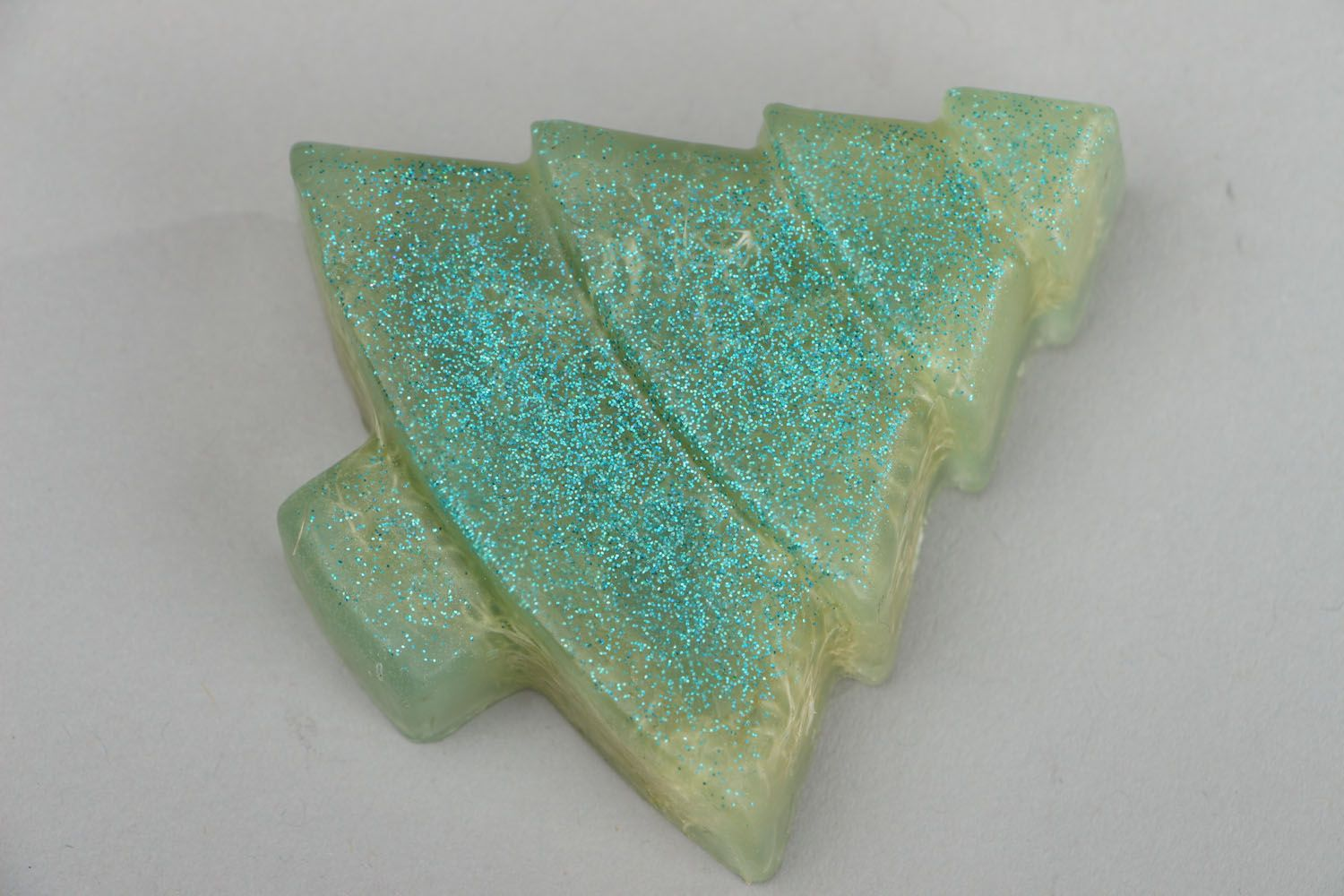 Natural soap scrub in the shape of a fir tree photo 1