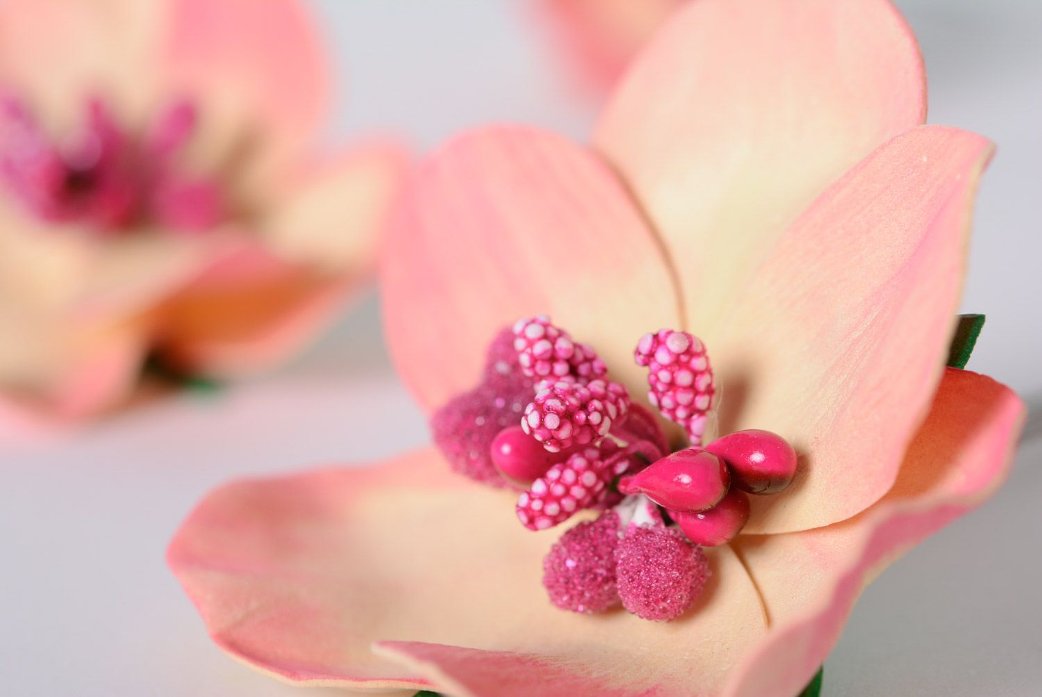 Set of handmade foamiran fabric flower hairpins 5 pieces of pink color photo 2