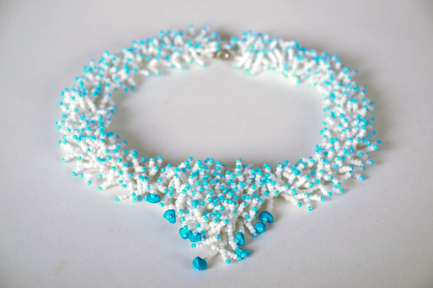Beaded necklace White Corals photo 2