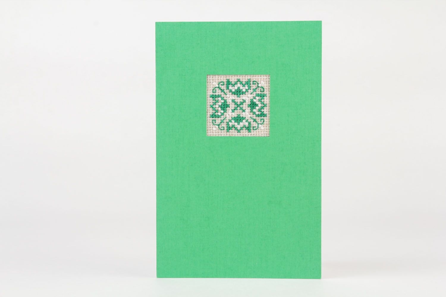 Green embroidered greeting card photo 2