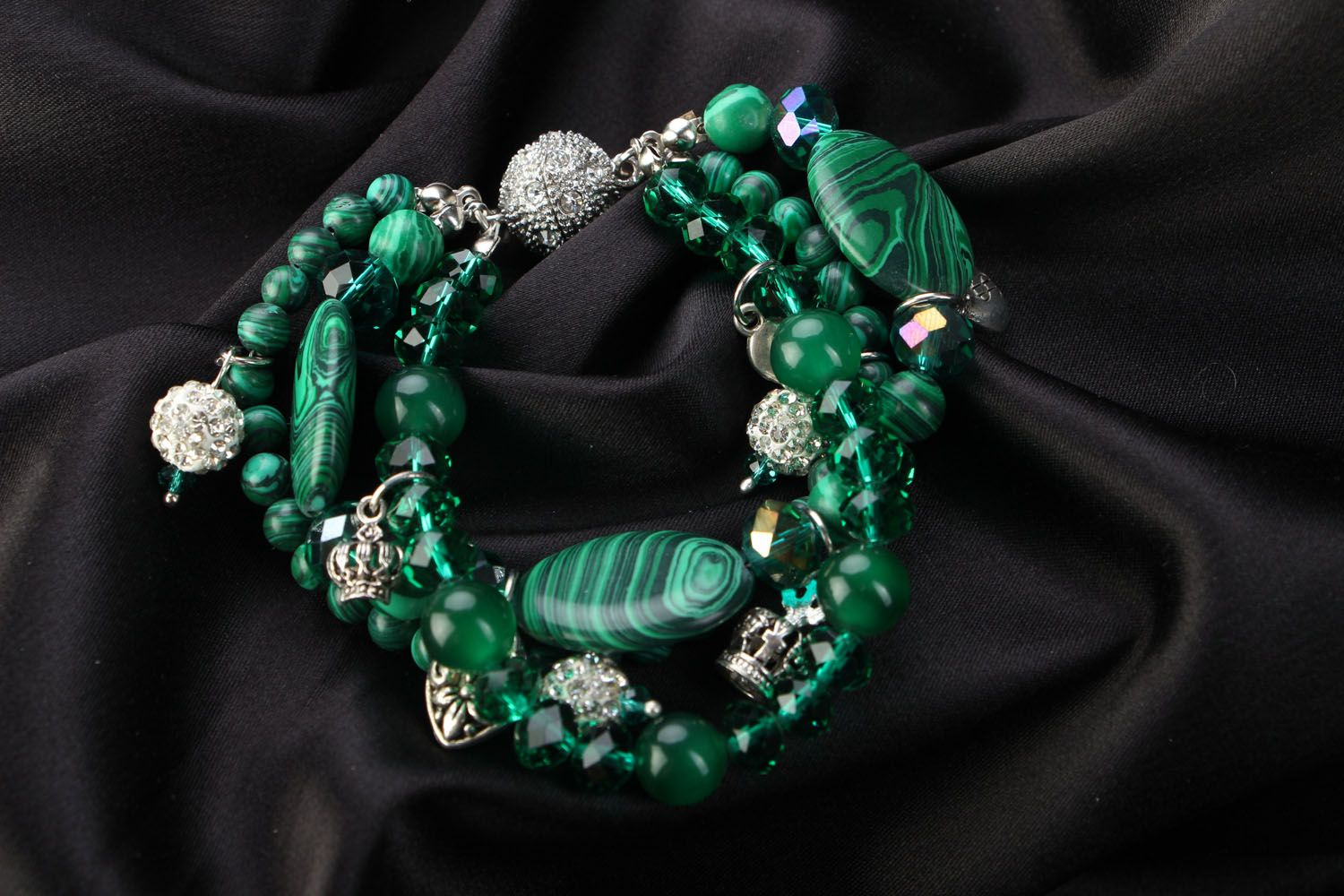 Wrist bracelet with natural stones Malachite photo 1