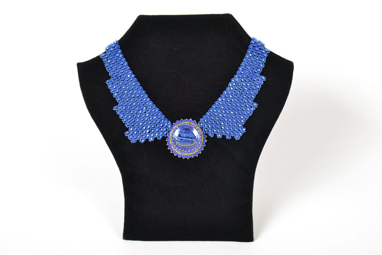 Blaues Collier aus Glasperlen foto 1