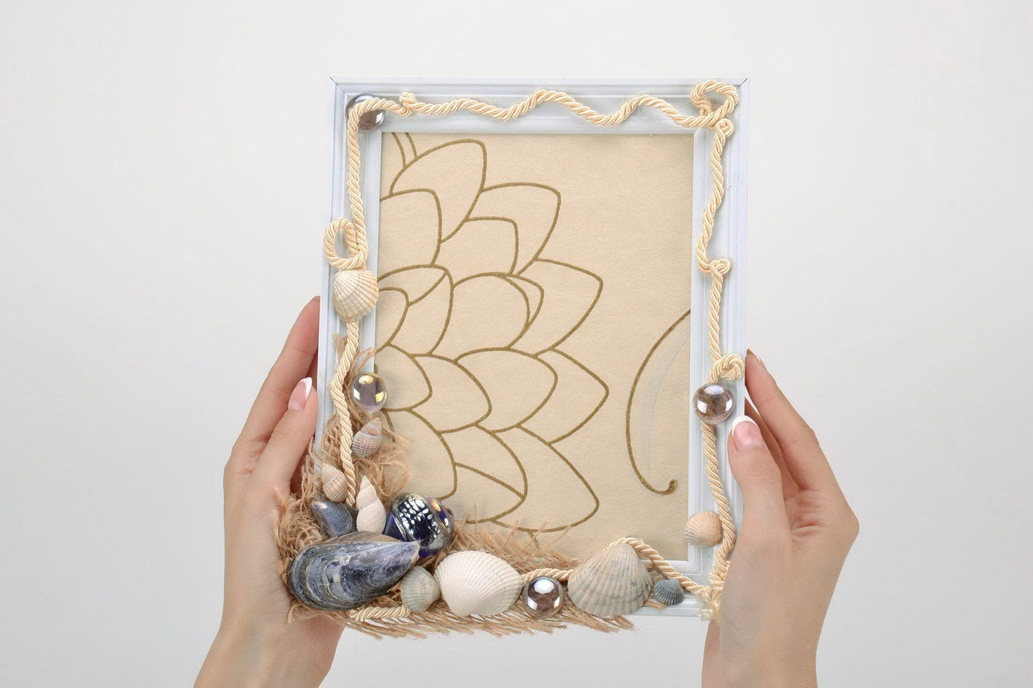 Plastic photo frame with package - MADEheart.com