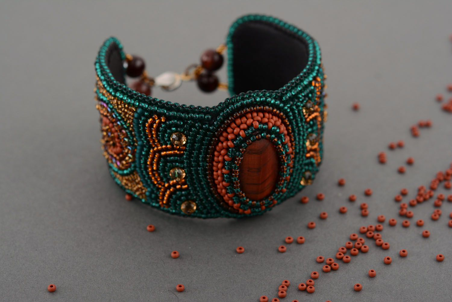 Beaded bracelet with natural stone photo 2