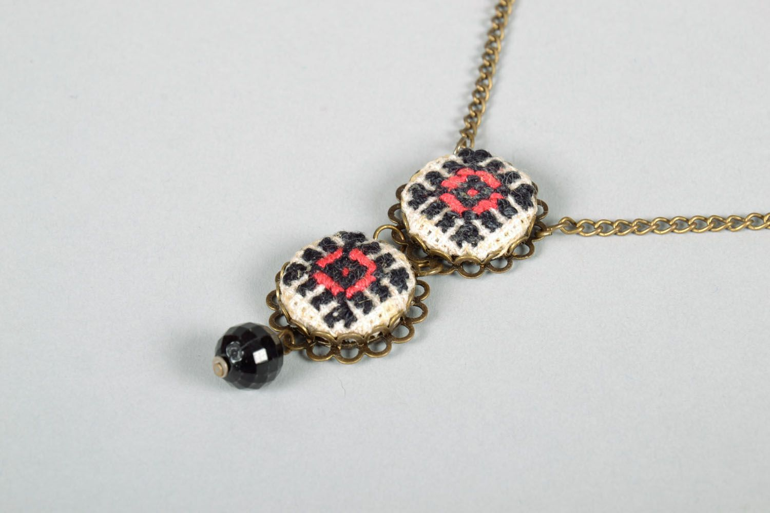 Pendant on a chain photo 3