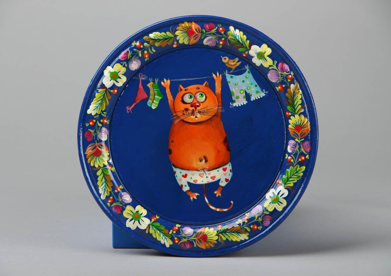 Декоративные тарелки на стену: способы декорирования, 75 фото, видео 19
