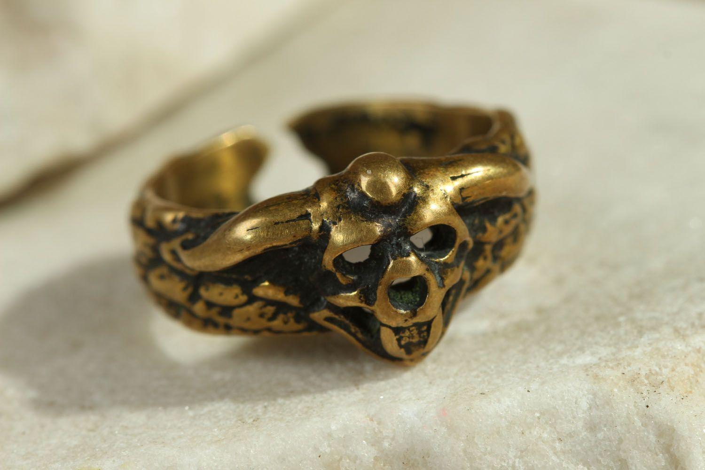 Handgemachter Ring aus Bronze foto 1