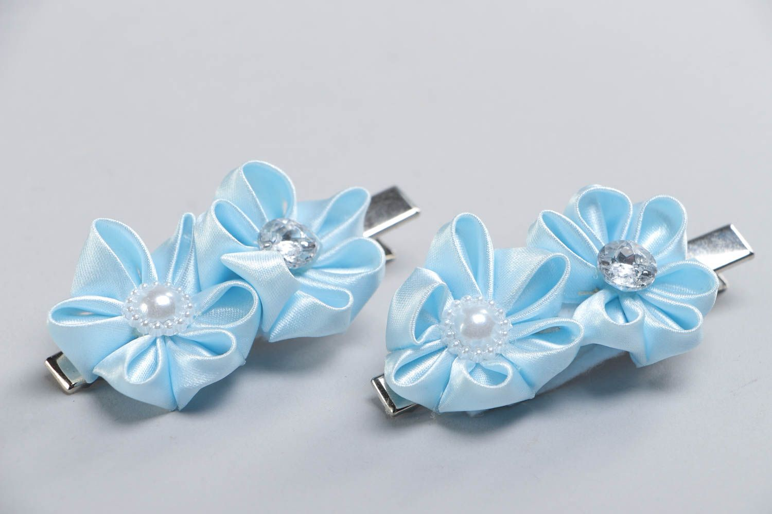 Set of 2 handmade hair clips with satin ribbon kanzashi flowers of blue color photo 3