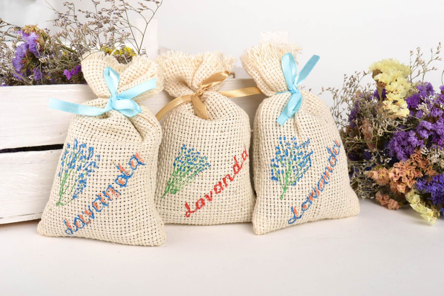 Handmade decorative sachet bag scented sachet bags 3 pieces small gifts photo 1