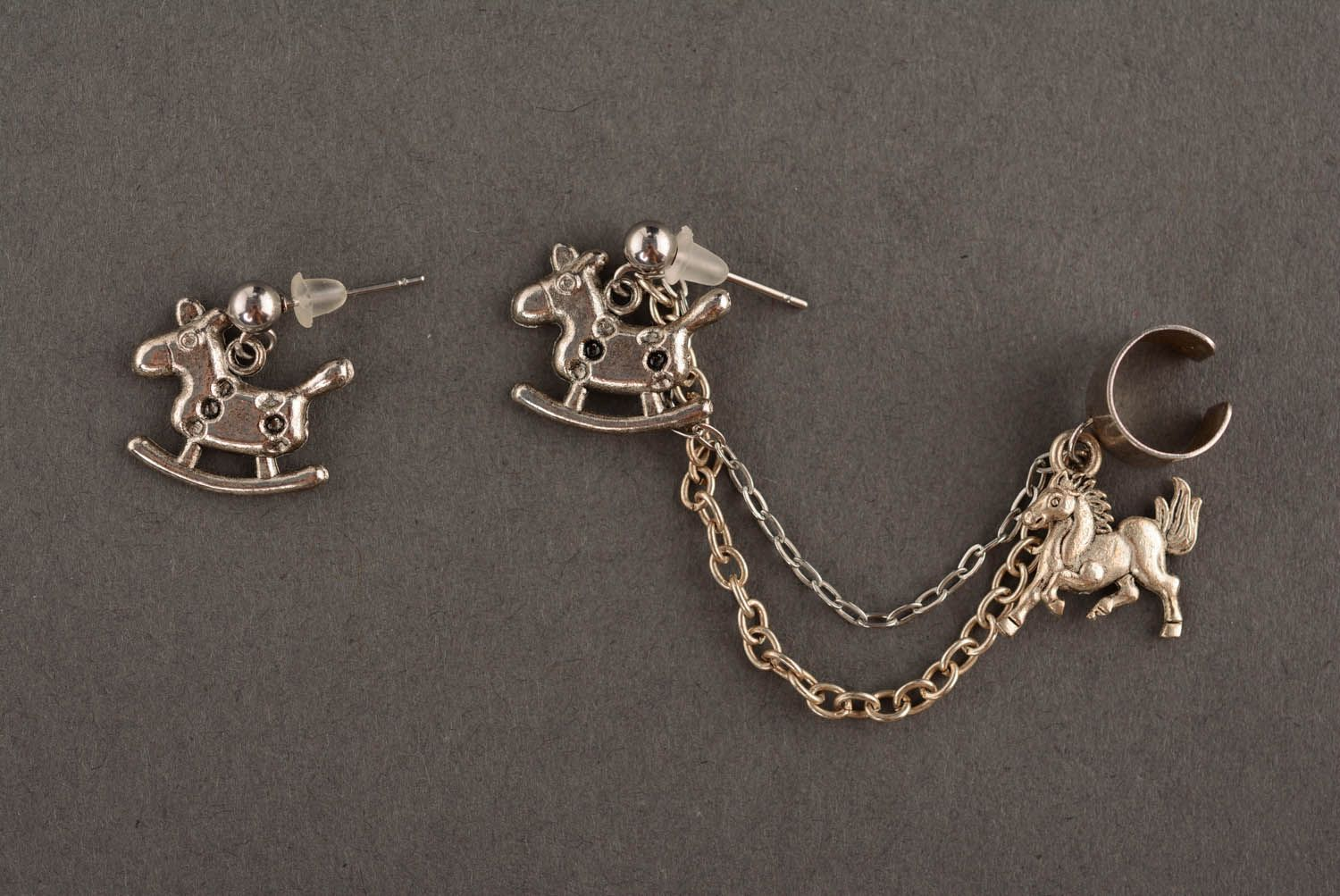 Cuff earrings Horses photo 2