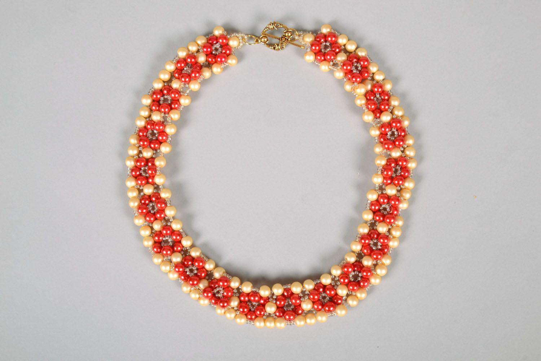 Bright beaded necklace photo 3