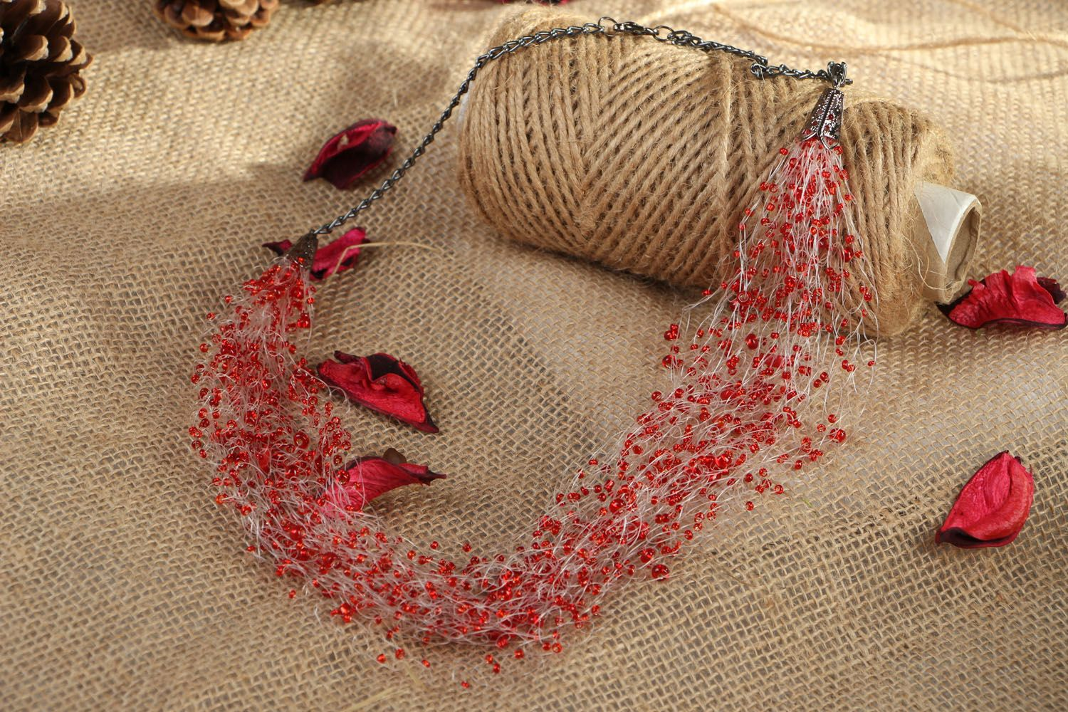 Beaded necklaces with corals photo 5
