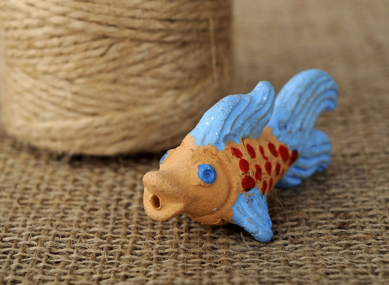 Clay penny whistle Fish photo 5