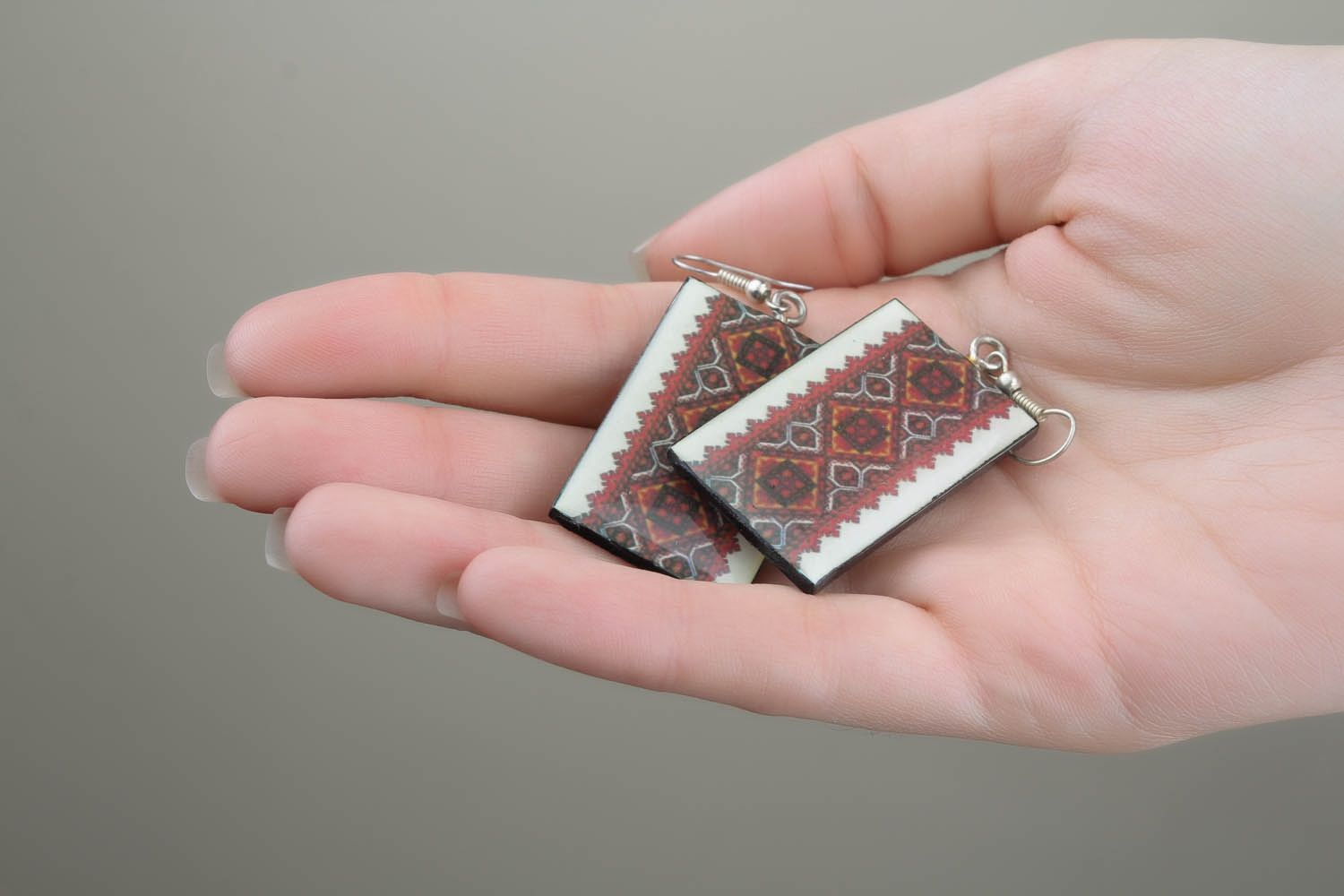 Earrings with ethnic patterns  photo 5