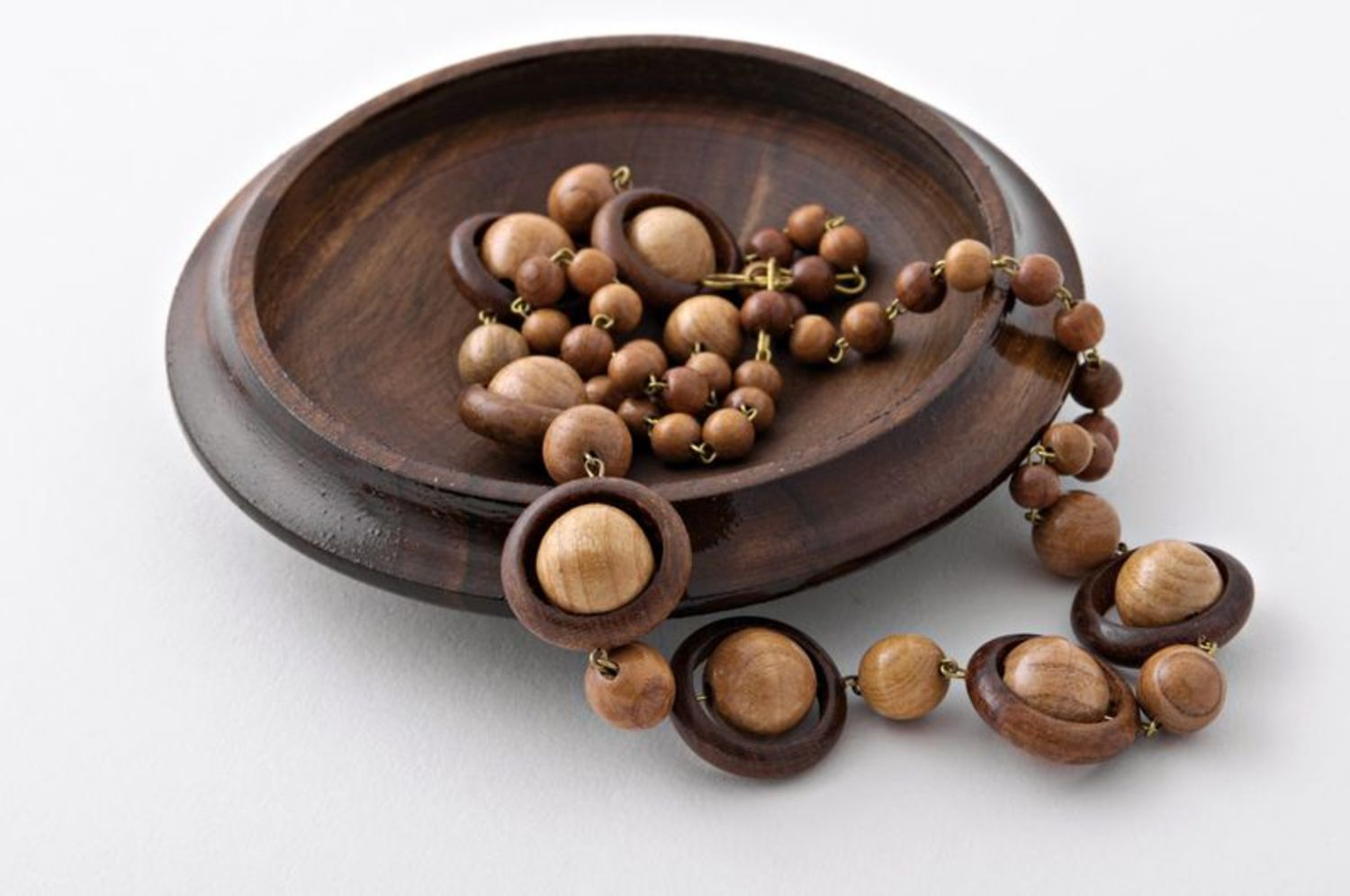 Long wooden beads photo 5