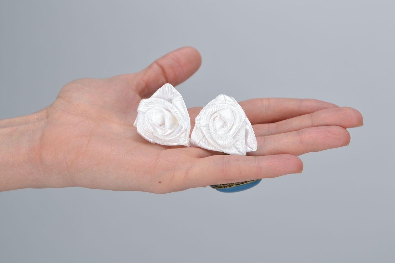 Homemade stud earrings White roses photo 2