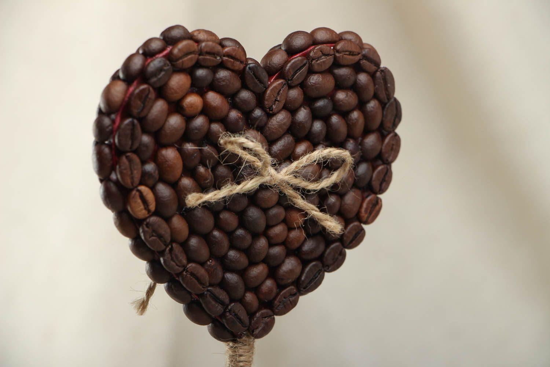Heart-shaped coffee topiary photo 2