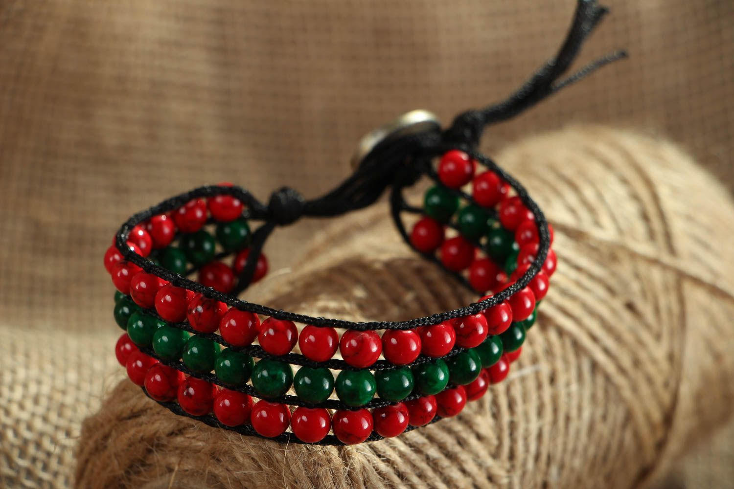 Bracelet with multi-colored beads photo 5