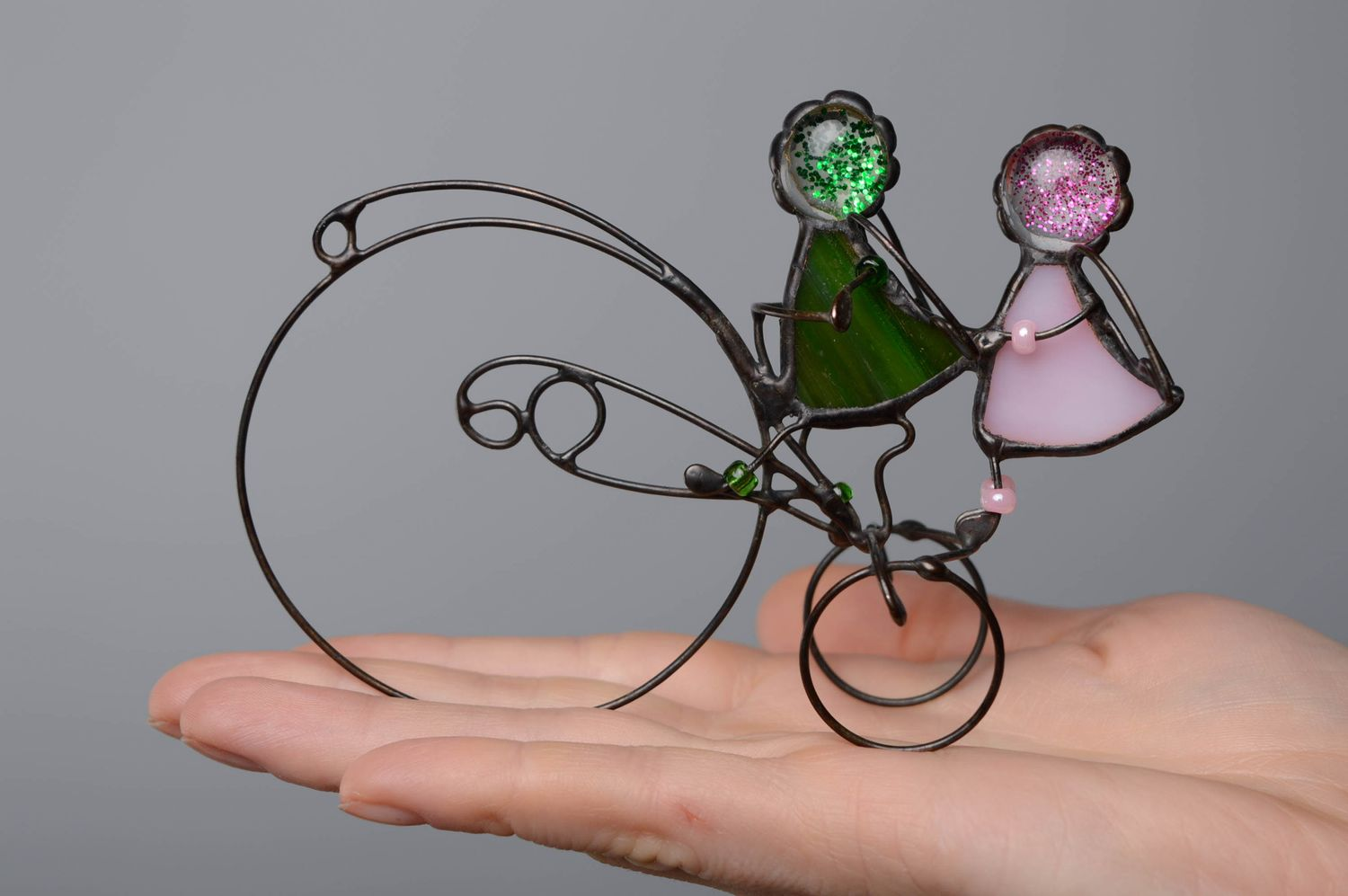 figures and figurines Stained glass figurine Angels on Bicycle - MADEheart.com