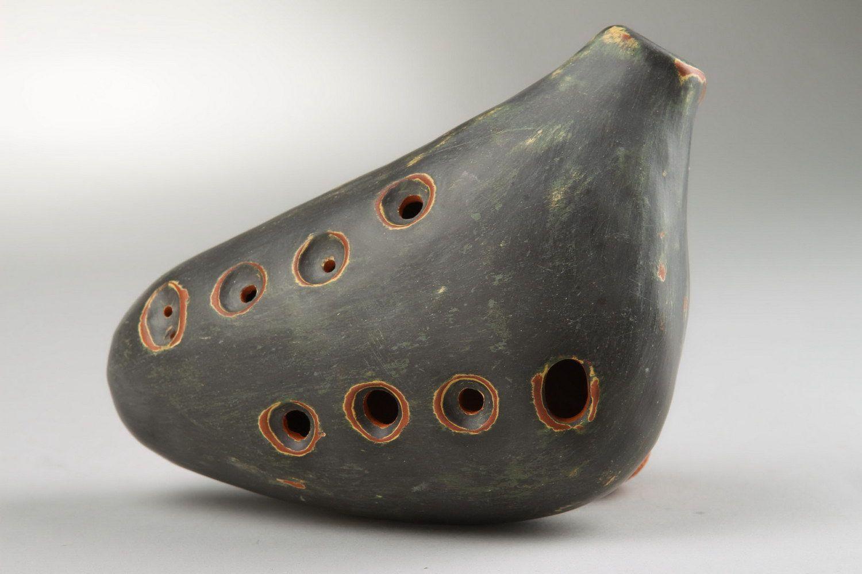 Ocarina, globular flute made of clay with 8 holes photo 2